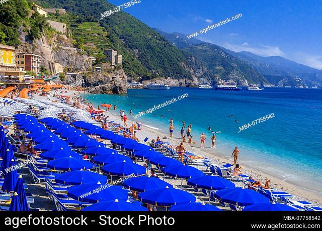 Beach of Monterosso Al Mare, Cinque Terre, Riviera di Levante, province of La Spezia, Liguria, Italy, Europe