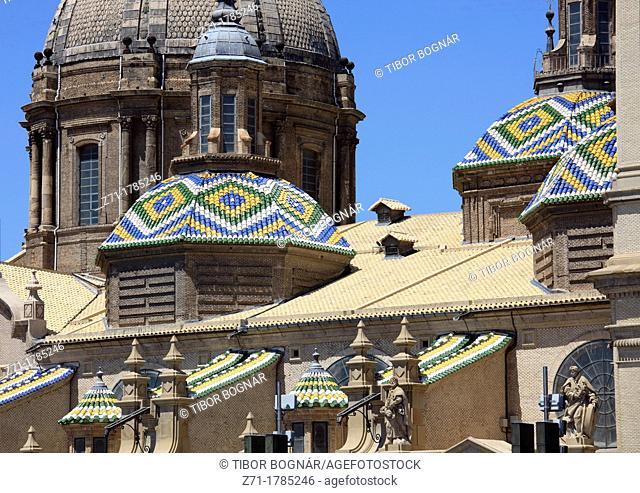 Spain, Aragon, Zaragoza, Basilica de Nuestra Senora del Pilar