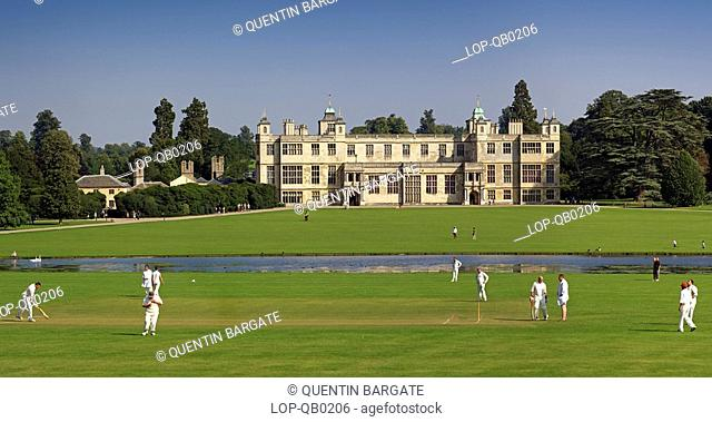 England, Essex, Saffron Walden, A cricket match played in front of Audley End house