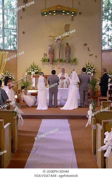 Double Latino-American Catholic wedding at St. Thomas Catholic Church in Ojai, California