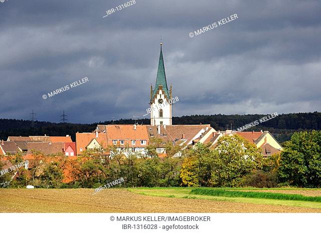 View of old town of Engen with the bell tower of the Mariae Himmelfahrt Assumption church, Konstanz county, Baden-Wuerttemberg, Germany, Europe
