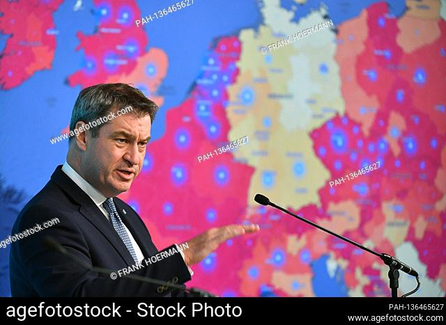 Markus SOEDER (Prime Minister Bavaria and CSU Chairman) speaks in front of a map of Europe - the risk areas are colored red - Germany is a yellow spot