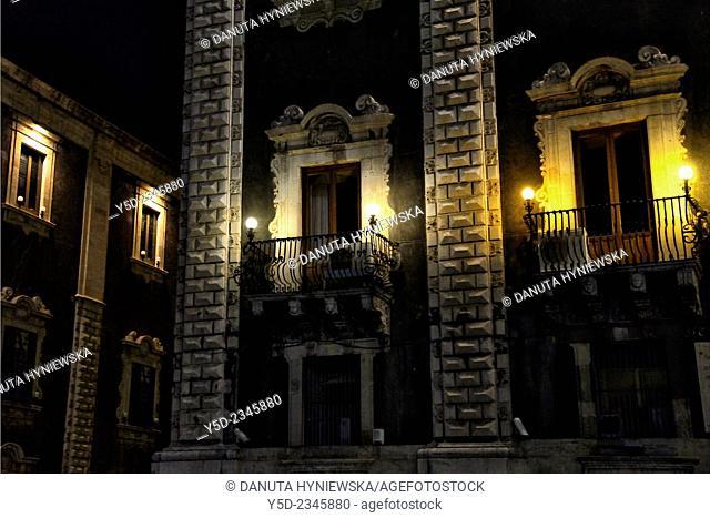 Piazza del Duomo, Palazzo del Seminario dei Chierici, old town of Catania, Sicily, Italy, Europe