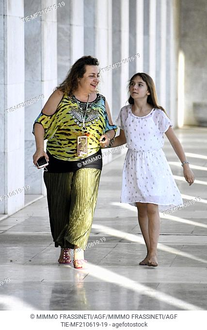 Australian young painter (12 years old ) Aelita Andre with the mom Nika at the Museum of Civiltà in Rome ,ITALY-20-06-2019