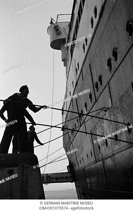 Sailors painting the ship. Navigation, North German Lloyd, ship Columbus, navigation, steamboat, passenger liner, steamer, paintings, sloop, detail