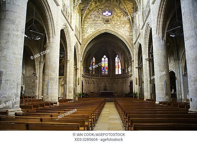 interior of Notre Dame de Marmande church, Marmande, Lot-et-Garonne Department, Nouvelle-Aquitaine, France
