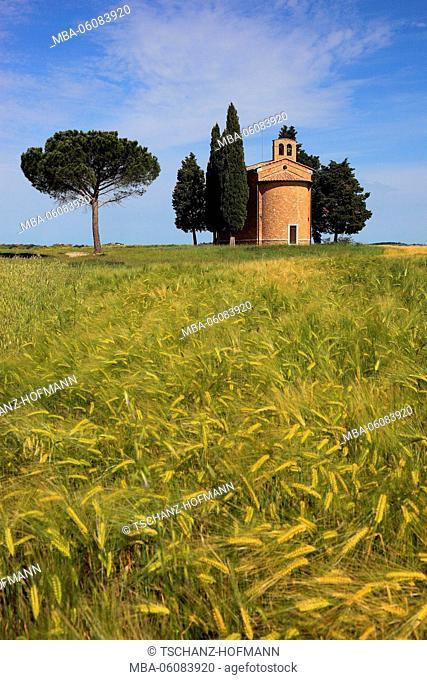 Italy, Capella di Vitaleta in Val d Orcia, Valdorcia,Tuscany