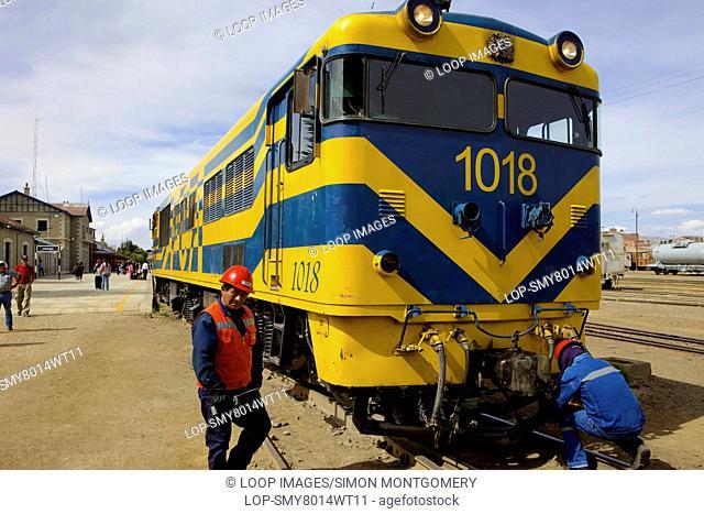 Train at Oruro train station