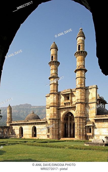 Jama masjid , world heritage site Champaner , Pawagadh , Gujarat , India