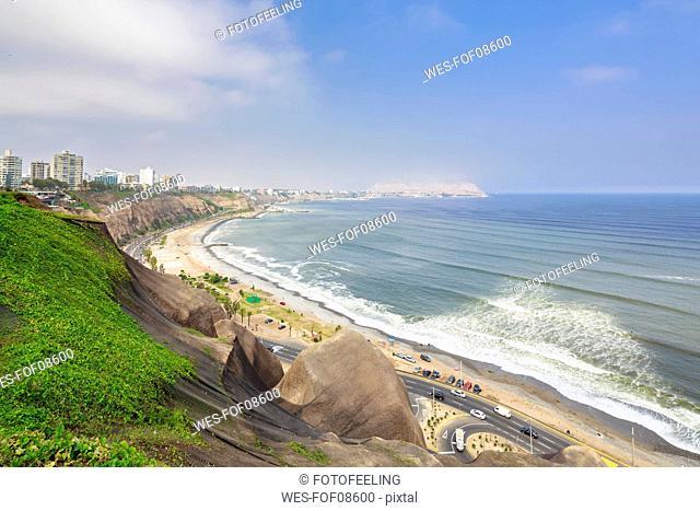 Peru, Lima, Miraflores, skyline, steep coast, road Circuito de Playas