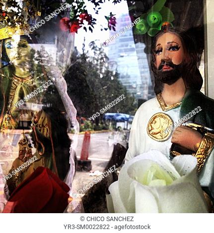 Sculptures of Our Lady of Guadalupe and Saint Jude Thaddeus in Colonia Roma, Mexico City, Mexico