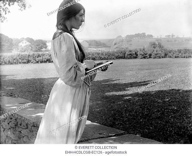 Beatrice Baxter Ruyl, original title: 'The Sketch, posed by Beatrice Baxter in Newport, Rhode Island', photograph by Gertrude Kasebier, 1902