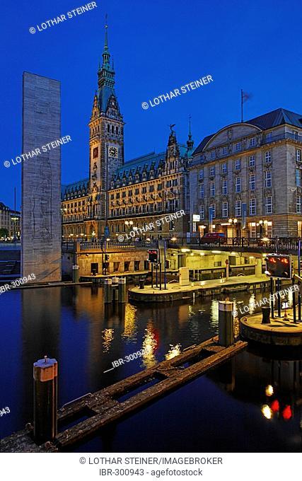 Hamburger Rathaus (town-hall) Hamburg, Germany
