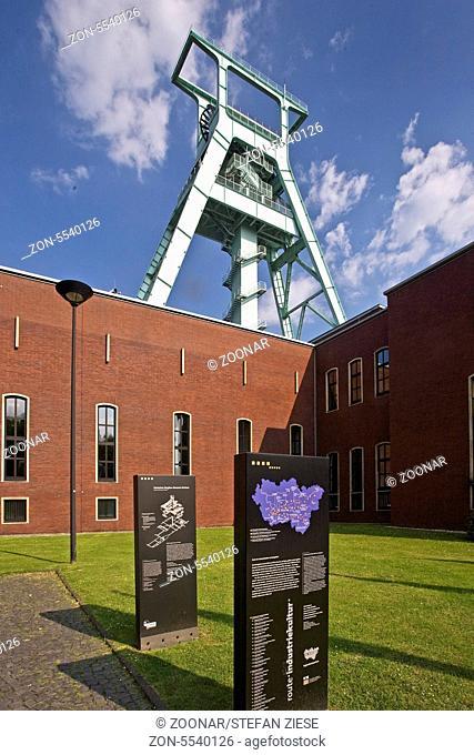 Das Deutsche Bergbau Museum in Bochum ist das groesste in der Welt. Das Foerdergeruest stammt von der ehemaligen Dortmunder Zeche Germania