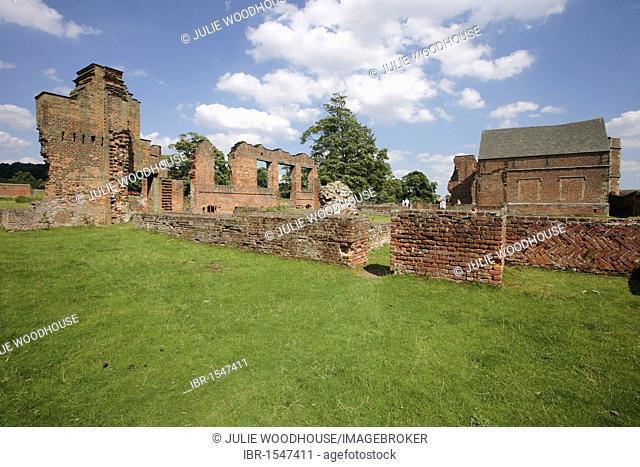 Bradgate House ruins, Bradgate Park, Leicester, Leicestershire, England, United Kingdom, Europe
