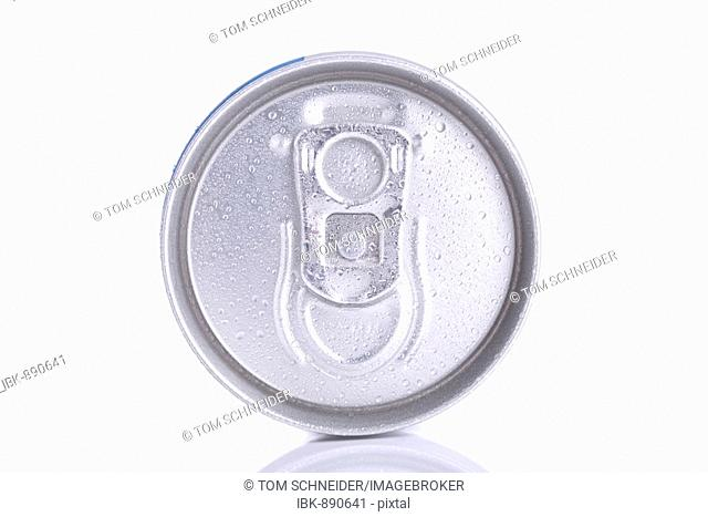 Can with water droplets