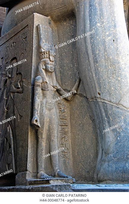 Luxor, Egypt. Temple of Luxor (Ipet resyt): the statue of the queen Nefertari Meretenmut wife of Usermaatra Setepenra Ramses II the Great (1303-1212 b