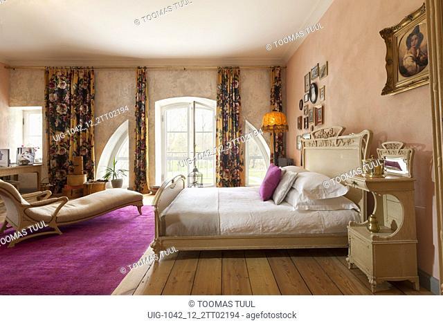 Bedroom in Kõue Manor