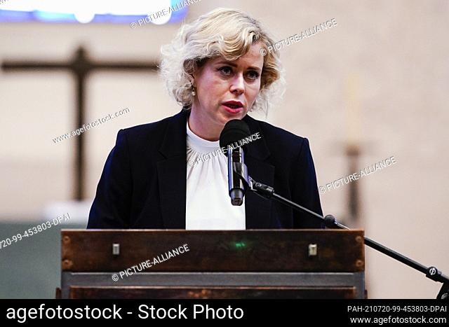 20 July 2021, Rhineland-Palatinate, Worms: The Belarusian civil rights activist Veronika Zepkalo speaks at the Luther Award ceremony in the...