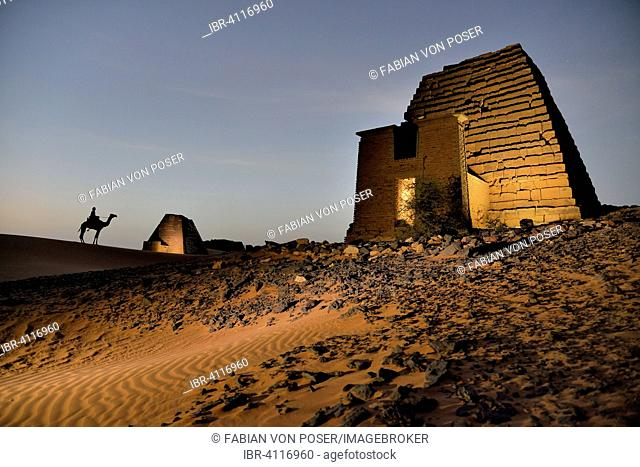 Pyramid of the northern cemetery of Meroe in the evening, Black Pharaohs, Nubia, Nahr an-Nil, Sudan