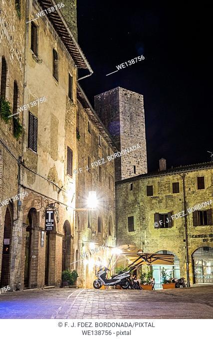 Piazza of Cisterna, SanGimignano, Medieval Village, Tuscany, Italy