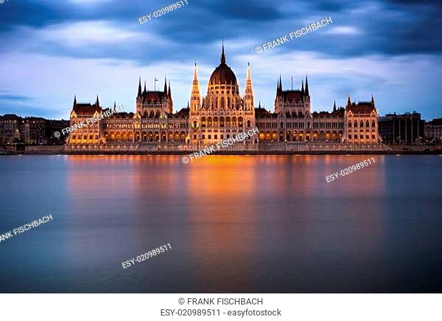 Hungarian Parliament Building at dawn, Budapest