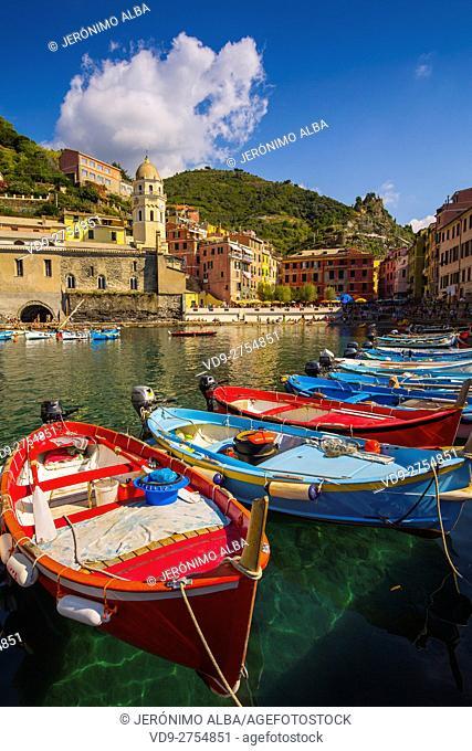Vernazza, Riviera de Levanto, fishing village, Cinque Terre. Genoa. Mediterranean Sea. Liguria, Italy Europe