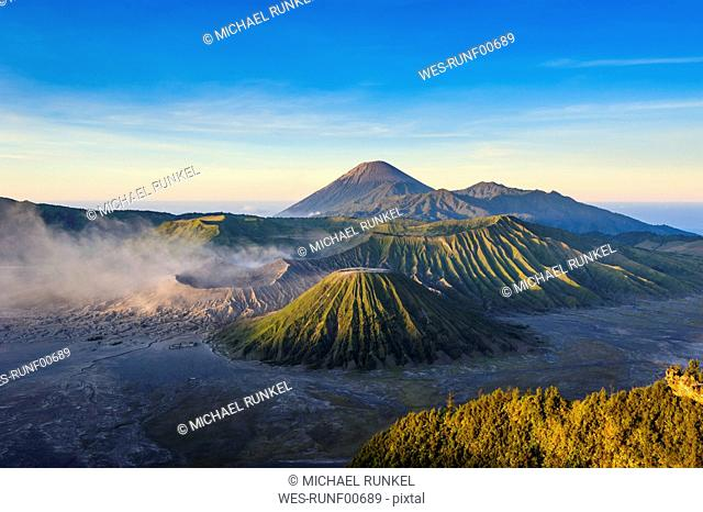 Indonesia, Java, Bromo Tengger Semeru National Park, Mount Bromo volcanic crater at sunrise
