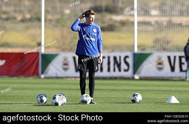 firo: 08.01.2020 Football, Soccer: 1. Bundesliga, season 2019/2020 training camp in Spain, Murcia, training, S04, FC Schalke 04, TL, camp, training S04 goalwart