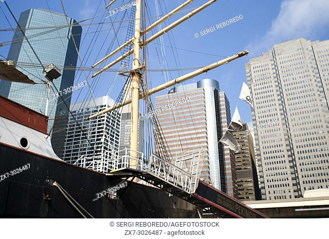 South Street and Seaport Pier 15, 16 and 17. Lower Manhattan, New York City, United States