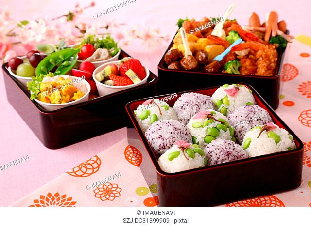 Lunch box for Hanami (Cherry blossom viewing)