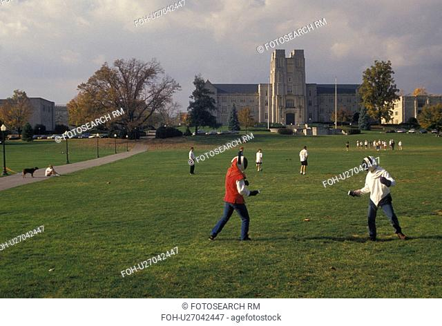 college, Virginia Tech, Blacksburg, VA, Virginia, Students fencing on the Drill Field on the campus of Virginia Polytechnic Institute and State University in...