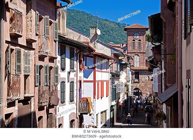 toen gate in Rue d'Espagne, France, Pyrnnes-Atlantiques, St.-Jean-Pied-de-Port
