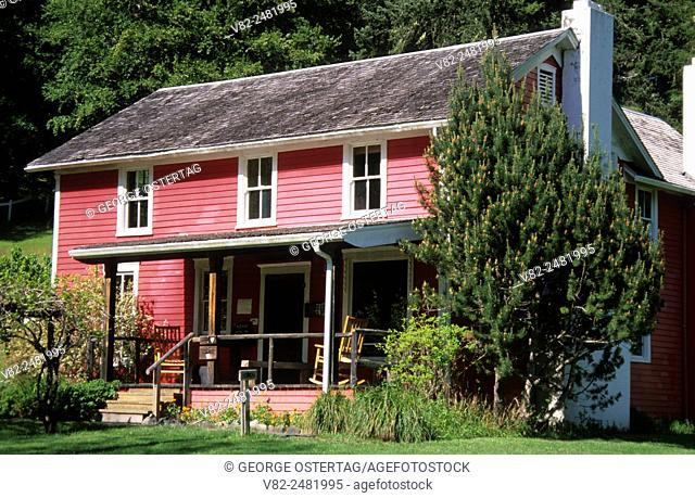 Main House, Rogue River Ranch, Rogue Wild & Scenic River, Grave Creek to Marial National Back Country Byway, Oregon