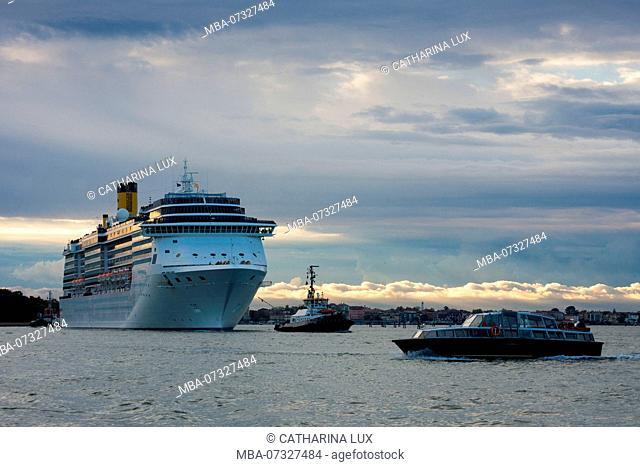 Venice, Giudecca Canal, cruise ship
