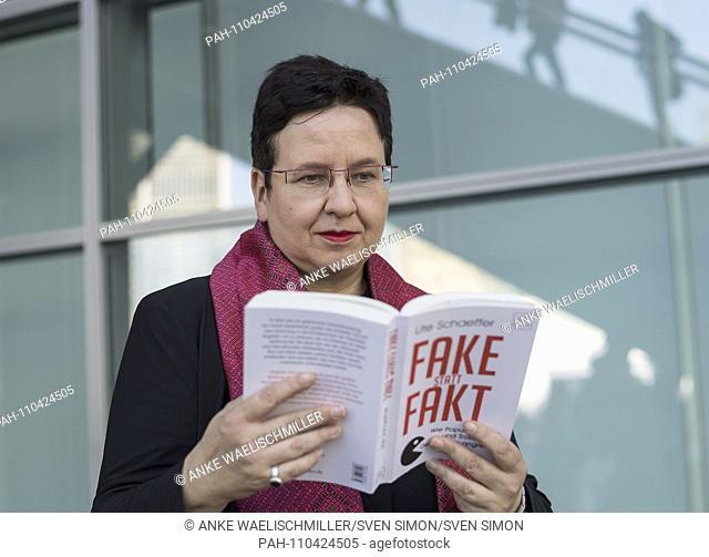 """Ute SCHAEFFER, Germany, journalist, author, with her book """"""""Fake statt Fakt"""""""" dtv Verlag, on 12.10.2018 Frankfurt Book Fair 2018 from 10.10 - 14.10"""