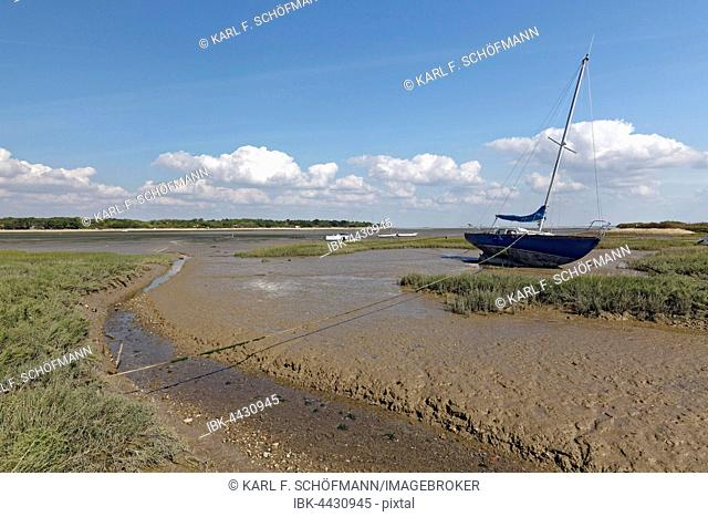 Boat at low tide, Ile-d'Aix, Atlantic, Charente-Maritime, France