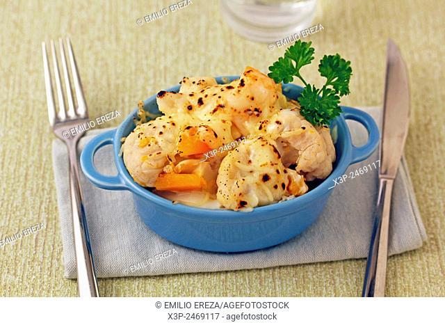 Cauliflower and pumpkin au gratin