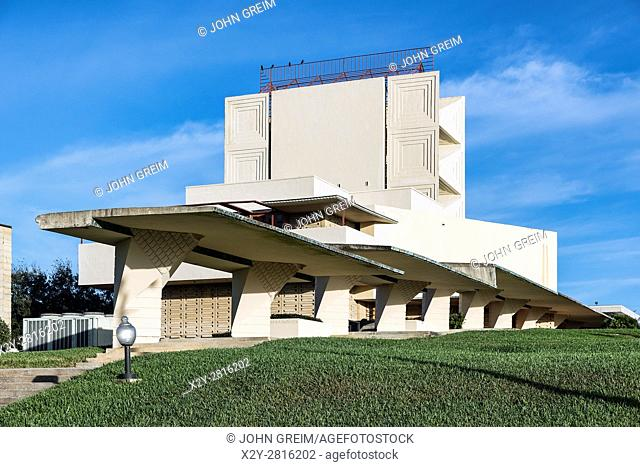 Annie Pfeiffer Chapel designed by Frank Loyd Wright for Florida Southern College, Lakeland, Florida, USA