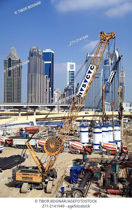 United Arab Emirates, Dubai, Sheikh Zayed Road, construction site, skyline,
