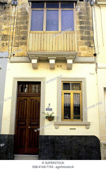 Malta, Valletta, House exterior