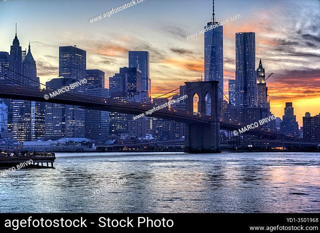 New York. Manhattan. Panorama at sunset