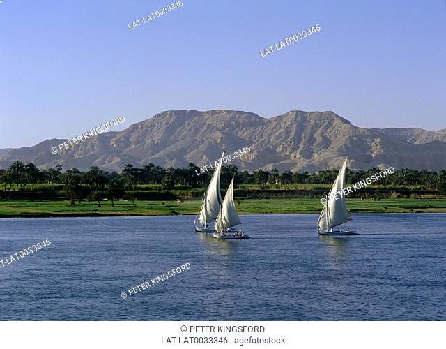 River Nile. People. Boats / feluccas