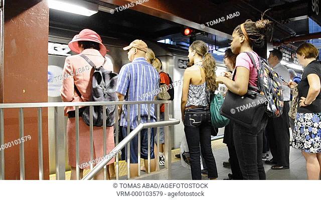 Subway, Metro, Train, platform, Early morning rush hour via Upper West Side, number 2 & 3 train, New York City, USA