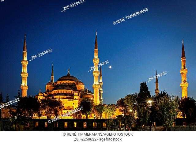 The Blue Mosque or Sultan Ahmed Mosque at nighttime in Istanbul, Turkey