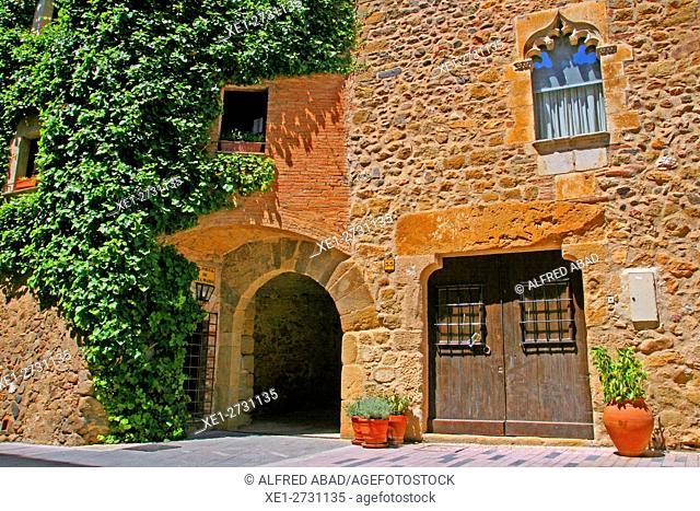 Housing, Corça, Baix Emporda, Catalonia, Spain