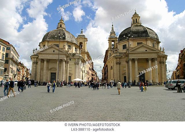 Piazza del Popolo with the twin churches of Santa Maria dei Miracoli and Santa Maria in Montesanto, built in the 17th century by Bernini. Rome. Italy