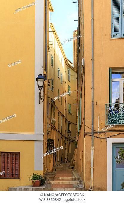 France, Alpes Maritimes, Menton, narrow street in the old town