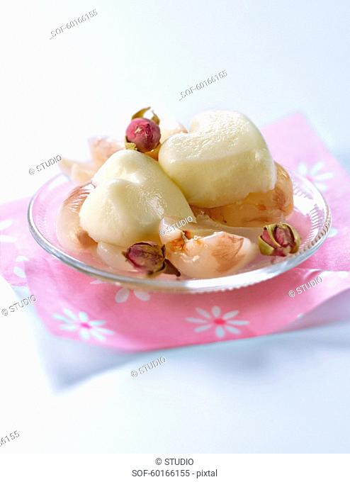 Rose-flavored panacotta and lychee fruit salad