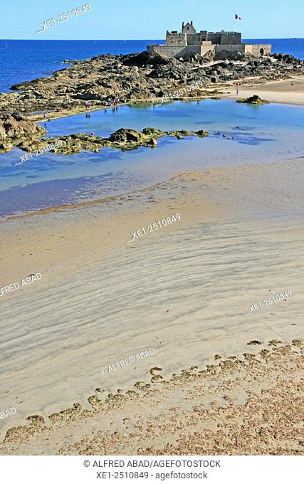 Le Fort La Reine, beach, Saint Malo, Brittany, France